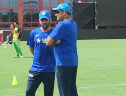 India's-coach-Anil-Kumble-with-One-day-captain-MS-Dhoni