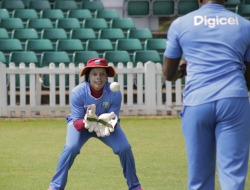 A-keen-eyed-Merissa-Aguilleira-during-a-wicketkeeping-drill